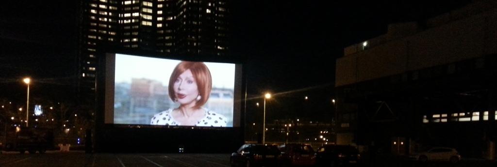 Live TV op groot airscreen